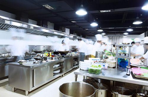 Chef Robert Irvine: Seven Factors That Determine Restaurant Success or Failure