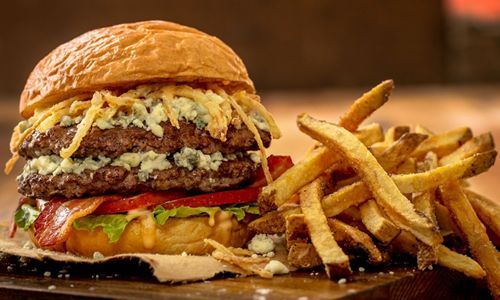 MOOYAH Burgers, Fries & Shakes Opens New Location in Larchmont