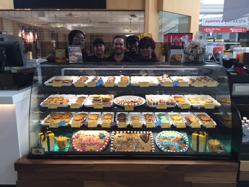 Broward Mall Welcomes Plantation's 1st Nestlé Toll House Café by Chip