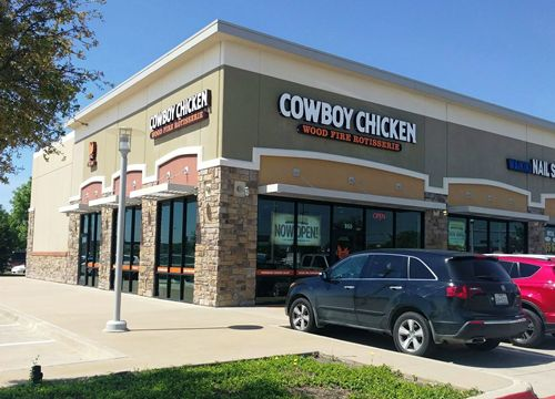 Cowboy Chicken Celebrates Opening of Newest Location