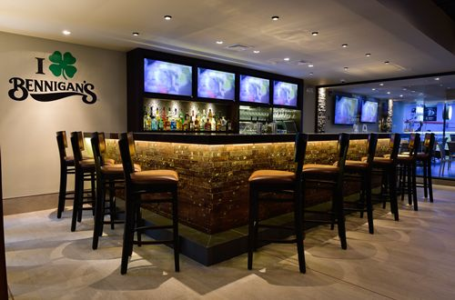 Obarrio Welcomes New Bennigan's to Dining Scene