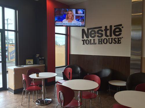 Lexington Welcomes 1st Nestlé Toll House Café by Chip