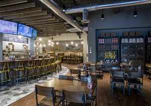 Frisco Welcomes Texas' First Rotolo's Craft & Crust