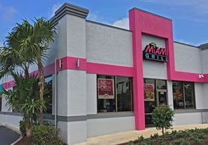 Miami Grill Brings its South Beach Vibe & Everything Goes Menu to Greenacres