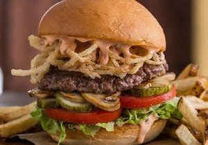 Opening in Orlando: MOOYAH Burgers, Fries & Shakes Opens New Location in Oviedo Mall