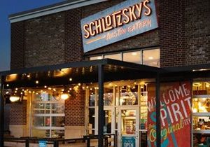 Schlotzsky's Austin Eatery Inks 10-Unit Franchise Agreement with Multigenerational Franchise Group