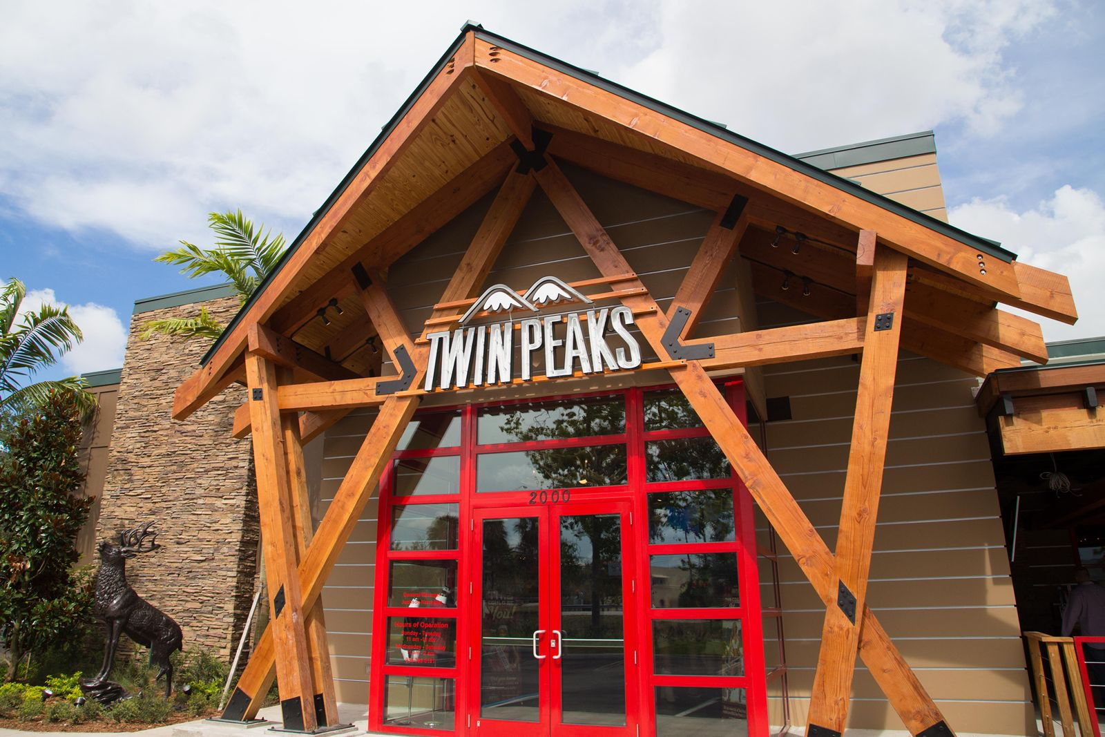 Twin Peaks Dayton Ohio