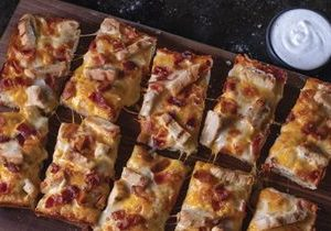 Jet's Pizza Brings Back Chicken Bacon Ranch Pizza