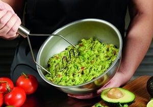 Del Taco Upgrades to Premium Fresh Guacamole