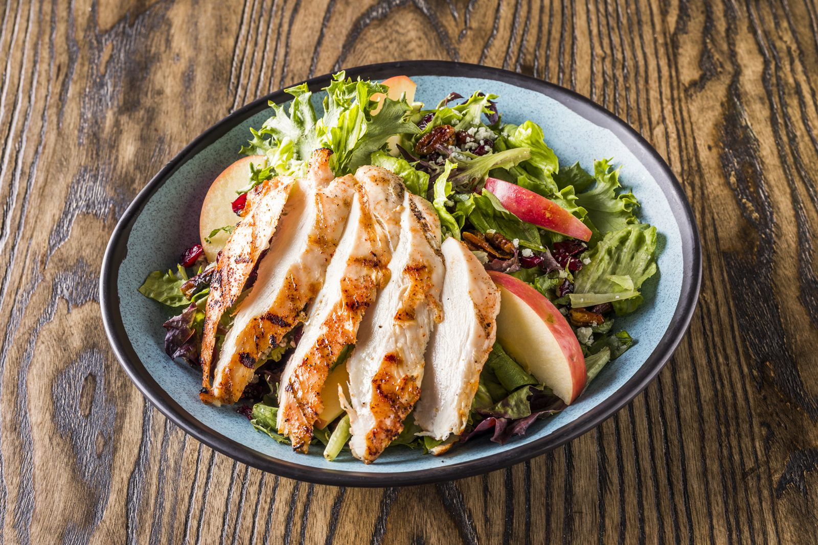 Wingers Introduces New Limited-Time Mouthwatering Salads