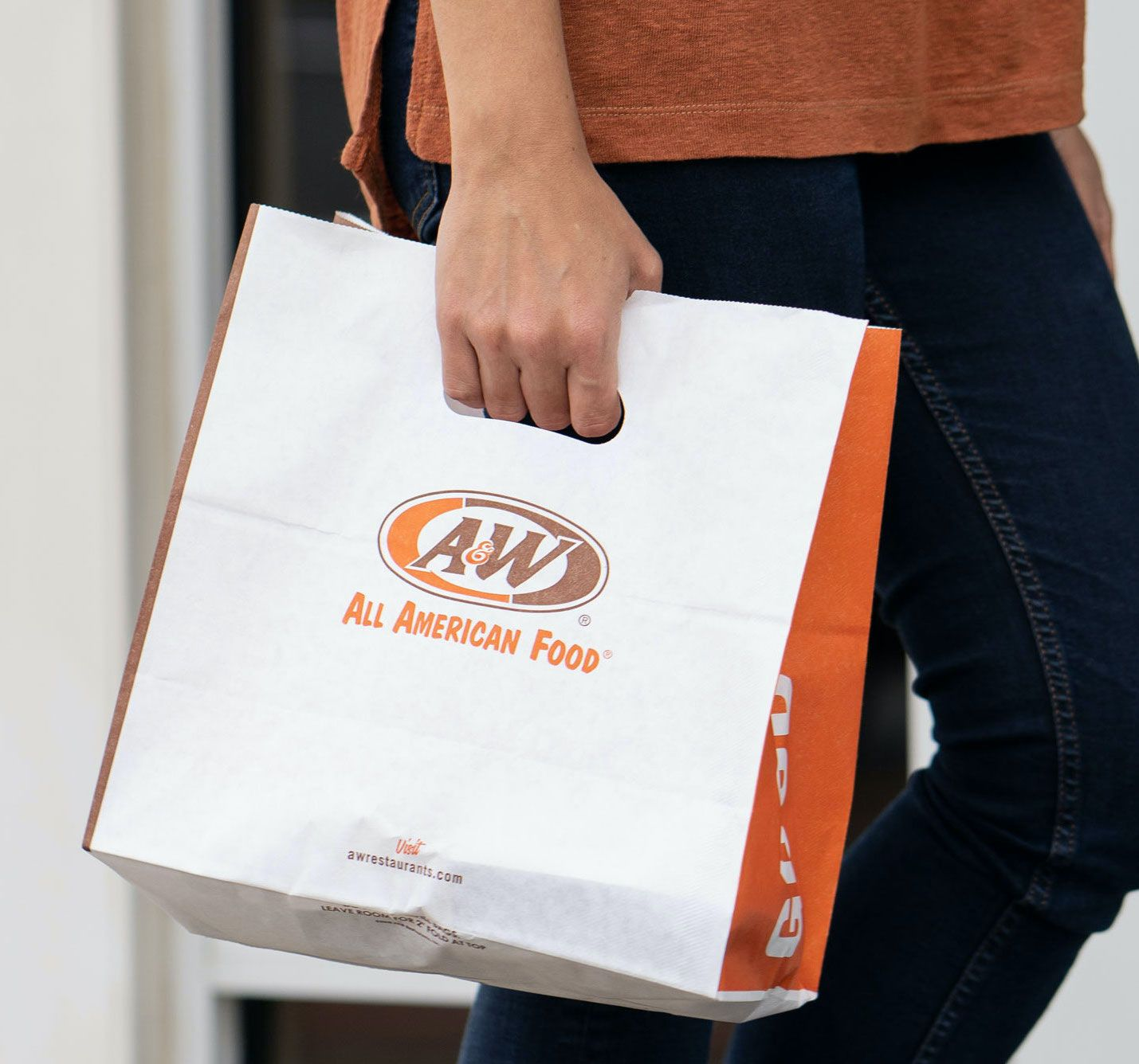 Chicago Real Estate Developer Puts Fizz into A&W's Growth Strategy with Plans for Five Restaurants