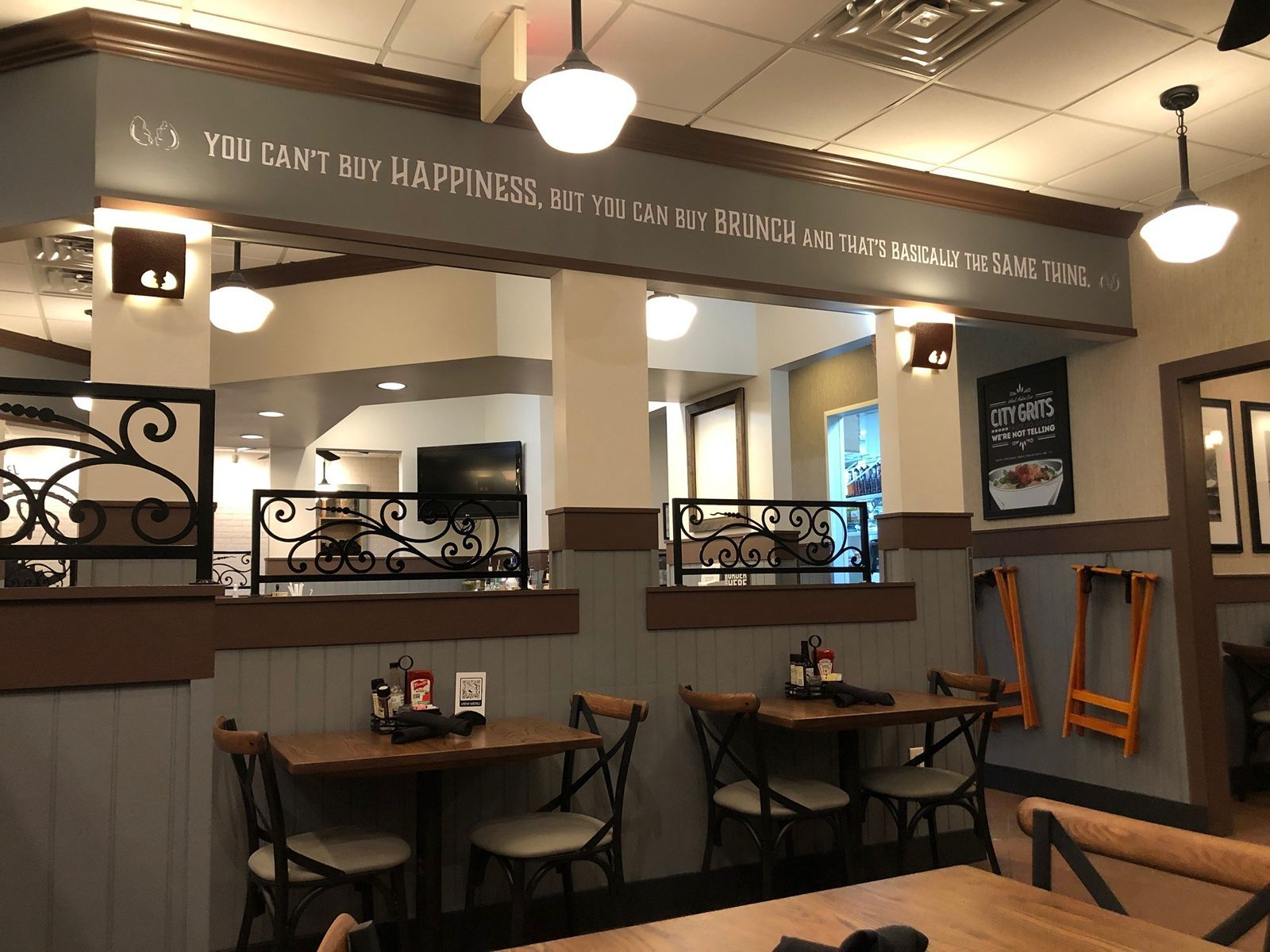 Another Broken Egg Cafe Debuts a New Look in Panama City Beach, Fla.