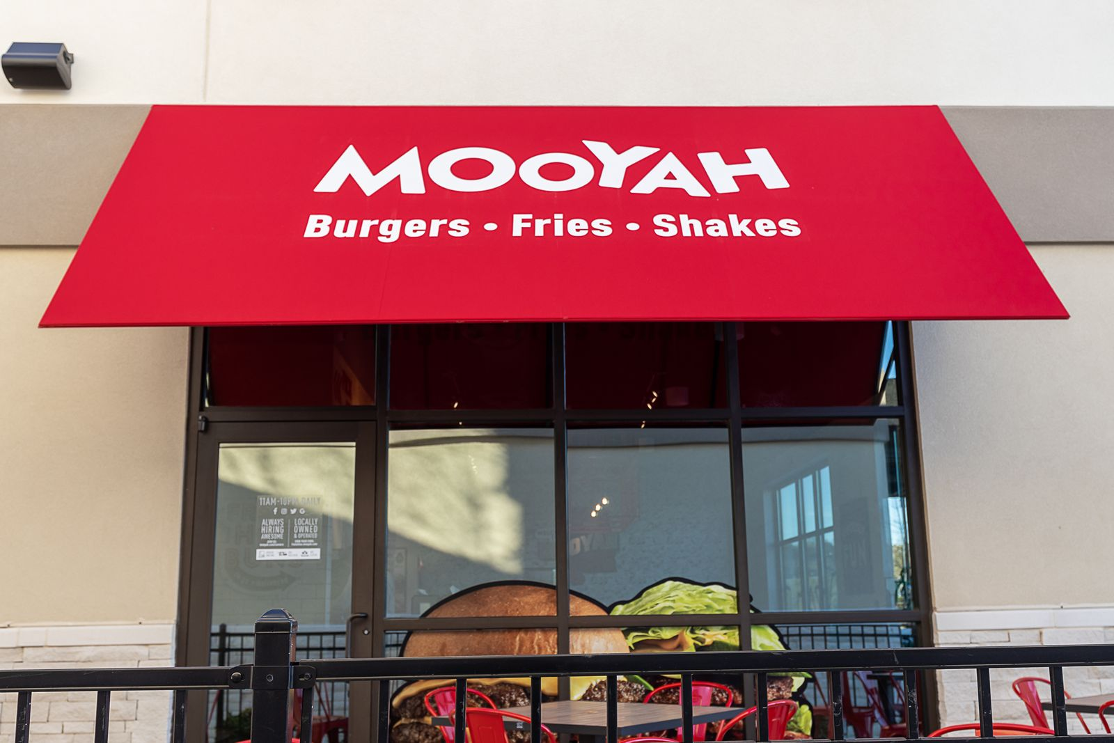 MOOYAH Inks Largest-Ever Development Deal for 15 Units in Palm Beach County With Golden Corral Franchisee Marc Verderame