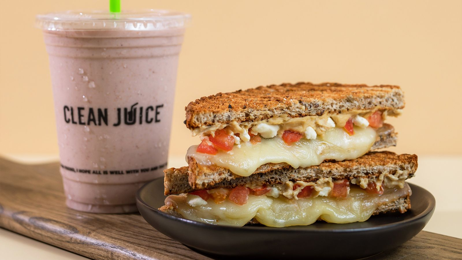 Clean Juice Introduces New Organic Sandwiches